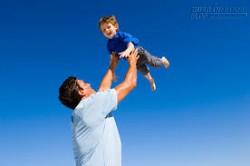 Vì tôi cũng có con trai, tôi cũng muốn con trai tôi ngẩng cao đầu mà sống