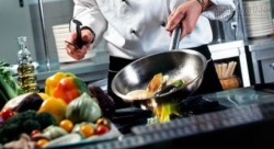 Sai lầm tai hại khi nấu ăn không bỏ ngay sẽ chết sớm