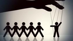 10 Thủ thuật những người bán hàng sử dụng để khống chế tâm lý và hành vi của bạn