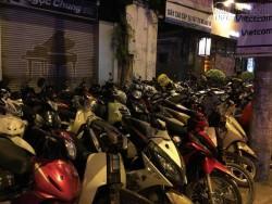 Hà Nội: 100.000 đồng/ lượt gửi xe máy ở khu vực bờ hồ xem Countdown