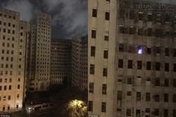 Hình ảnh cây thông ma đáng sợ xuất hiện trong bệnh viện bỏ hoang