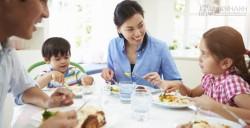 Làm thế nào để quan tâm con cái nhiều hơn khi quá bận rộn?