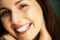 2 phút giúp răng bạn trắng sáng ngay lập tức