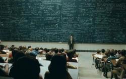 Lật ngược ván cờ: Giáo sư và học trò tranh luận về niềm tin