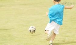 Bài học thấm thía từ cách ông cụ xua đuổi những đứa trẻ đá bóng để tìm lại sự yên tĩnh