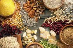 Những cẩn trọng phải biết khi ăn hạt hướng dương, hạt điều