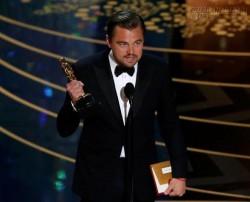 Leonardo Dicaprio chính thức thắng Oscar 2016 trong ngỡ ngàng