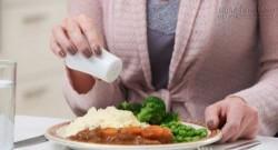 Nguy hiểm khôn lường từ việc ăn quá nhiều muối