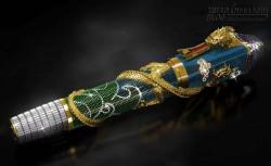 Lộ diện cây bút rồng khảm ngọc đắt nhất thế giới có giá 22 tỷ đồng