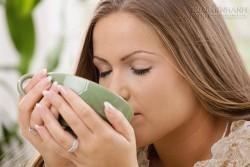 Ngồi thiền và uống trà xanh giúp giảm cân nhanh