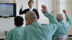 Người cao tuổi Nhật chọn ở tù vì gánh nặng phí sinh hoạt