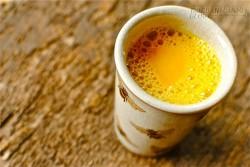 Chỉ 1 ly sữa nghệ mỗi sáng giúp trẻ hóa làn da đến 10 tuổi