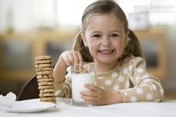 Điều phải biết khi uống sữa để không biến thành thuốc độc