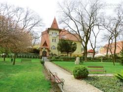 Bên trong lâu đài duy nhất của người Việt ở Hungary