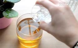 Với 1 ly rượu trắng, bạn sẽ có ngay 4 công thức làm trắng da hiệu quả ngay từ lần đầu tiên