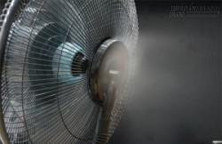 Biến quạt thường thành quạt phun sương siêu mát chỉ với 85k, mùa hè mát rượi từ đây!