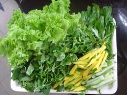 4 KHÔNG khi ăn rau sống để không hại sức khỏe