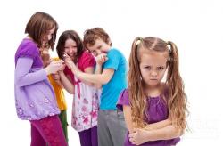 Những quan niệm sai lầm của mọi người khi nói đến trẻ tự kỷ
