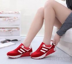 Đi giày thể thao, giày cao gót hay giày bệt cả đời cũng không sợ hôi chân chỉ cần duy nhất 1 thứ này