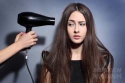 Cách lấy lại sức sống cho mái tóc khô xơ sau Tết