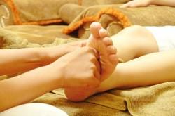 Bạn sẽ cắt cơn ho ngay lập tức khi bôi thứ này lên lòng bàn chân, áp dụng cho cả người lớn và trẻ nhỏ