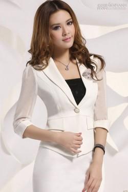 6 kiểu áo vest công sở đẹp để bạn mix cùng váy ôm