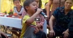 Bé 3 tuổi hát nhạc vàng cực đỉnh