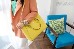 Chọn túi xách công sở phù hợp màu sắc trang phục