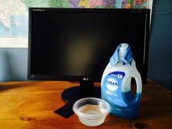 Hướng dẫn cách vệ sinh màn hình ti vi HD
