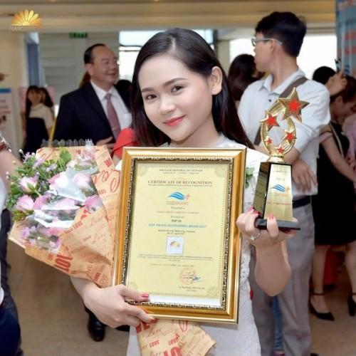 Narguerite Top 10 thương hiệu tiêu biểu nhất Châu Á - Thái Bình Dương 2017, 77318, Trần Thị Tuyết Mai, Blog MuaBanNhanh, 28/12/2017 11:47:58