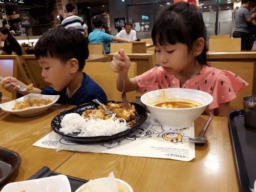 """Tại sao những đứa bé ngoan, học giỏi, sống trong gia đình hạnh phúc lại không thành công so với những đứa trẻ """"hư"""", """"ngỗ nghịch""""?, 79038, In Thẻ Nhựa Giá Rẻ Tphcm, Blog MuaBanNhanh, 22/02/2018 17:55:04"""