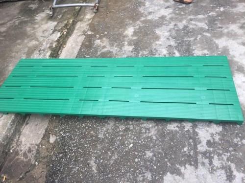 Giải pháp chống ẩm mốc cho hàng hóa kho xưởng với tấm nhựa lót sàn, 79500, Pallet Nhựa Cũ Giá Rẻ, Blog MuaBanNhanh, 13/03/2018 14:40:12