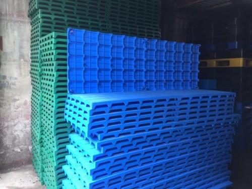 Giá tấm nhựa lót sàn tại Bắc Ninh, 79507, Pallet Nhựa Cũ Giá Rẻ, Blog MuaBanNhanh, 13/03/2018 15:45:03