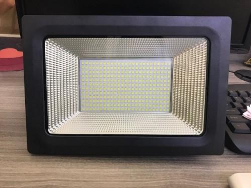 Các loại đèn led siêu sáng được tin dùng, 77007, Nguyễn Thị Thanh Huệ, Blog MuaBanNhanh, 28/12/2017 11:36:36