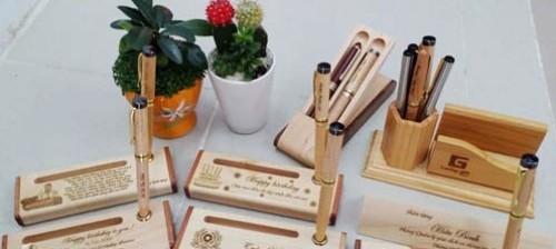Bút gỗ khắc tên cao cấp một món quà độc đáo sáng tạo, 77493, Trần Wương, Blog MuaBanNhanh, 28/12/2017 11:57:52
