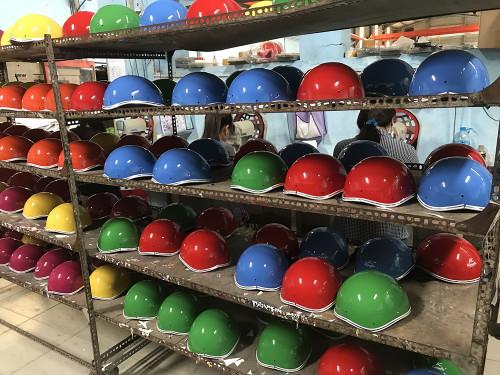 Xưởng sản xuất mũ bảo hiểm in logo giá rẻ tại TPHCM - Sản xuất mũ bảo hiểm in logo theo yêu cầu, 85533, Ms. Phương, Blog MuaBanNhanh, 19/09/2018 14:44:02