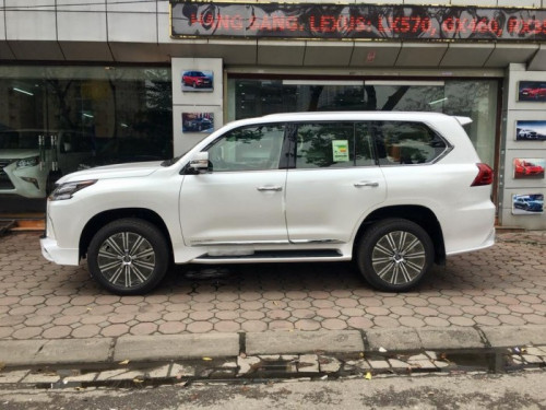 Mua xe Lexus LX570 MBS SuperSports 2018 ở đâu?, 87486, Hương Trần Mt Auto, Blog MuaBanNhanh, 20/11/2018 10:23:02