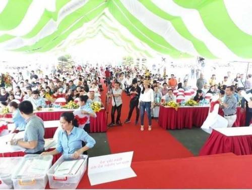 Niềm vui của khách hàng khi chủ đầu tư Phú Hồng Thịnh trao sổ hồng trước thời hạn, 87585, Định Nguyễn Land, Blog MuaBanNhanh, 20/11/2018 13:52:54