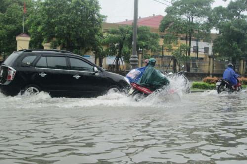Kinh nghiệm lái xe qua những vùng ngập nước, 88115, Suzuki Phổ Quang Tp.Hcm, Blog MuaBanNhanh, 07/12/2018 09:36:24