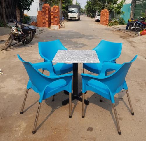 Tại sao bạn nên sử dụng ghế nhựa đúc giá rẻ cho quán café?, 88545, Việt Đức, Blog MuaBanNhanh, 21/12/2018 16:38:33