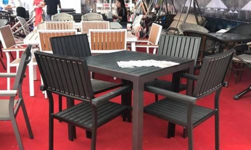 Lý do chọn mua bàn ghế gỗ cho kinh doanh nhà hàng, 88609, Bàn Ghế Cafe Giá Rẻ - Nội Thất Nguyễn Hoàng, Blog MuaBanNhanh, 26/12/2018 09:37:53