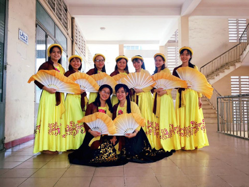 Tìm hiểu về áo tứ thân: Nét văn hóa đặc trưng của phụ nữ Kinh Bắc xưa, 88820, Tám Mấm Cơm, Blog MuaBanNhanh, 29/12/2018 15:22:08