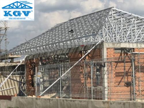 Hệ giàn thép mạ trọng lượng nhẹ cường độ cao không rỉ cho nhà mái ngói, 90272, Vũ Thị Hoa, Blog MuaBanNhanh, 28/03/2019 08:42:49