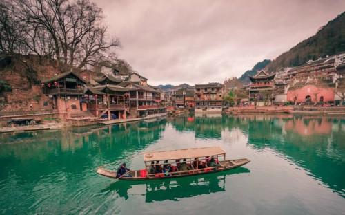 Lạc vào chốn bồng lai với kinh nghiệm du lịch Phượng Hoàng Cổ Trấn - Trương Gia Giới cực hay, 90561, Long Trần, Blog MuaBanNhanh, 12/04/2019 10:27:20