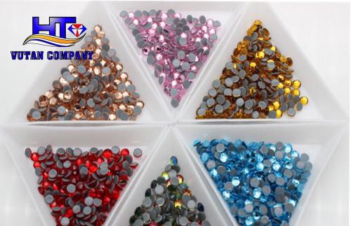 Nên mua loại đá ủi nào để thiết kế áo dài?, 92768, Vũ Tân, Blog MuaBanNhanh, 18/10/2019 09:11:07
