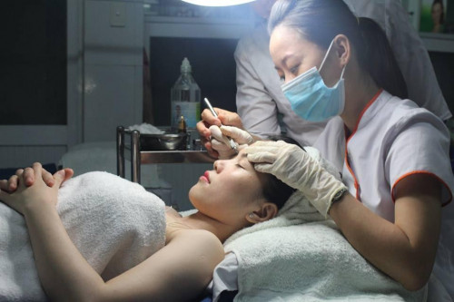 Điều trị nám tàn nhang bằng laser, 95490, Ms.Ngoc Trinh -Mỹ Phẩm Sỉ, Blog MuaBanNhanh, 22/07/2020 12:08:49