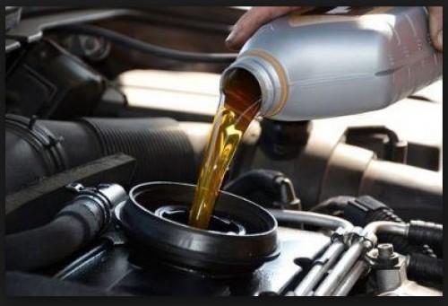 Chia sẽ: 7 điều phải biết khi thay dầu nhớt ô tô, 76045, Hoàng Phi, Blog MuaBanNhanh, 11/12/2017 16:14:01
