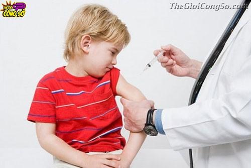 Cách giảm đau khi tiêm phòng cho trẻ, 33249, Bich Van, Blog MuaBanNhanh, 13/04/2015 13:54:02