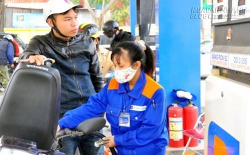 Dần tiệm cận cơ chế thị trường khi điều hành giá xăng dầu, 55863, Nguyễn Thu Hương , Blog MuaBanNhanh, 04/11/2015 11:37:08