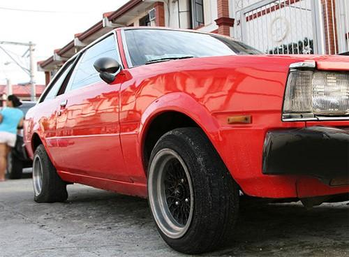 Hướng dẫn thay lốp ô tô cho người mới mua ô tô (1)